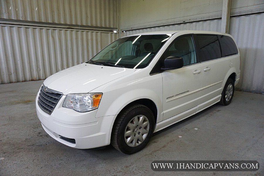 2010 chrysler town country lx. Black Bedroom Furniture Sets. Home Design Ideas