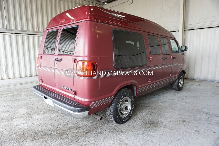 2000 DODGE RAM 1500 CONVERSION VAN BY PRIMETIME – 1HandicapVans com